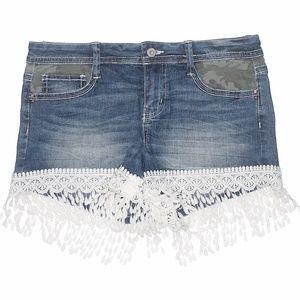 LEI Ashley Low Rise Denim Camo Lace Jean Shorts, 9